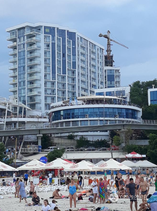 В Одесі є великий вибір житла, але за високими цінами, порівнянними з розцінками топових зарубіжних курортів