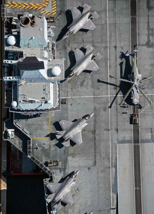 Экипаж HMS Queen Elizabeth посетил Лимассол, Кипр