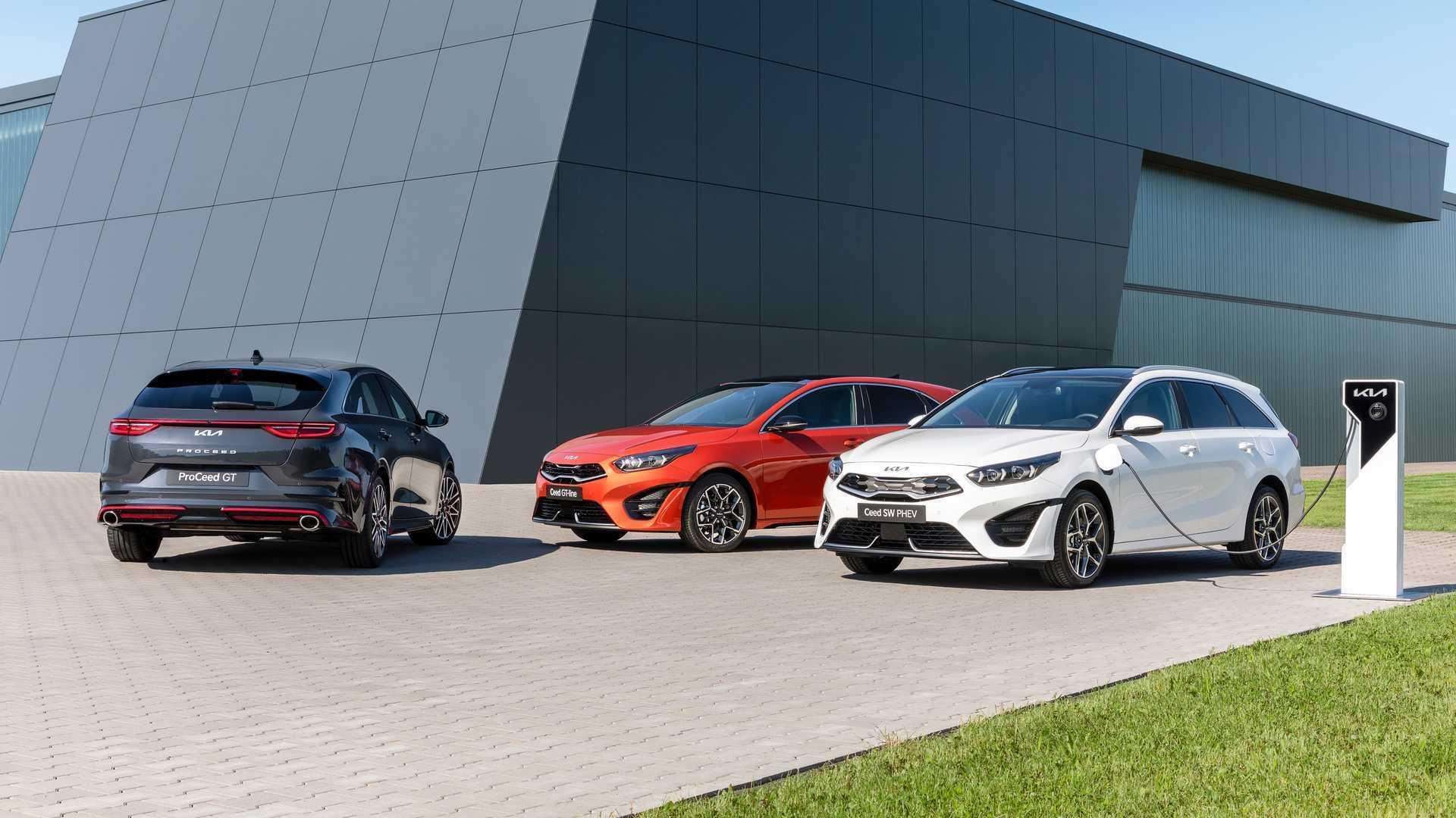 Kia провела плановое обновление моделей Ceed, ProCeed и Ceed SW