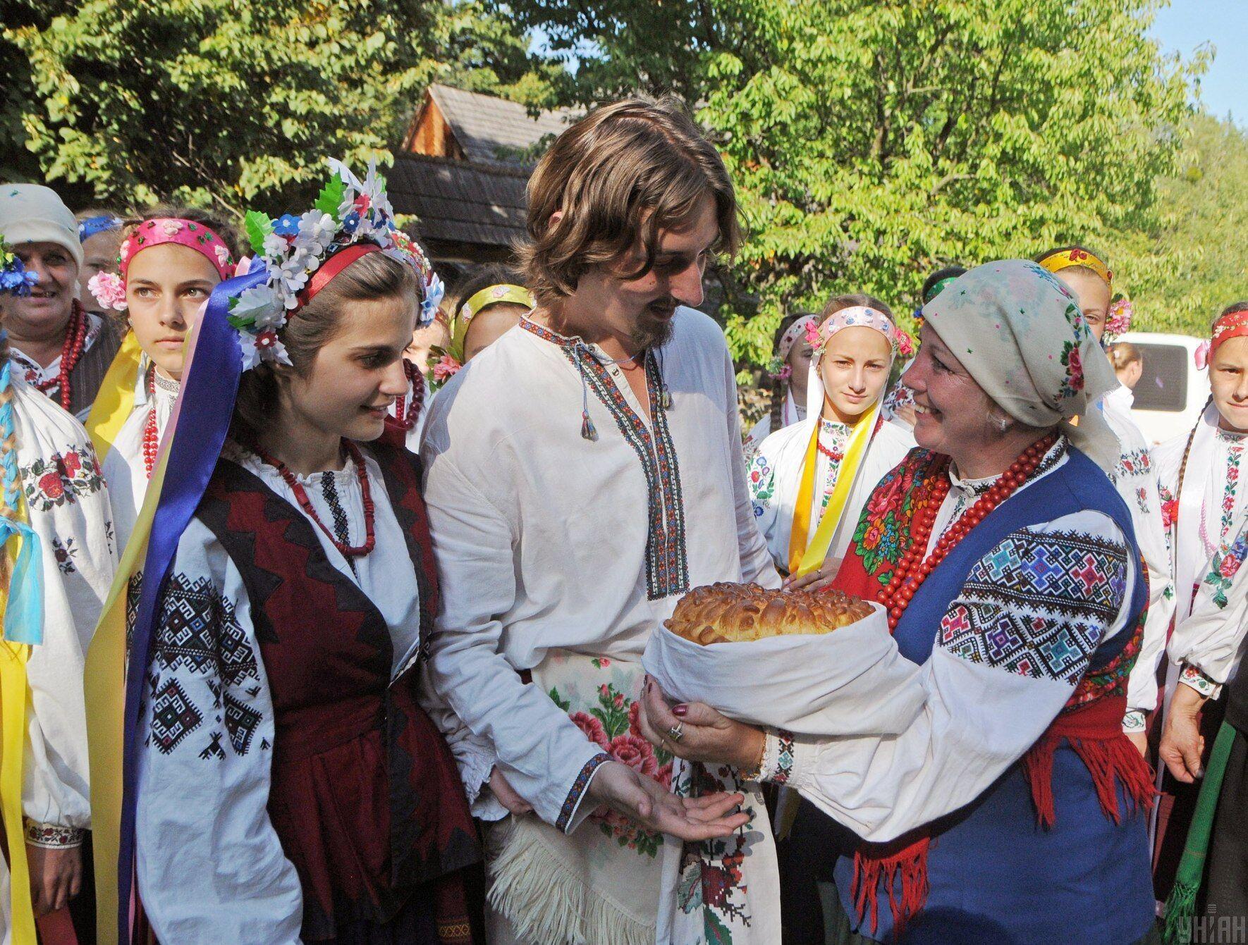 Зіграти весілля на Берегиню вважалося доброю прикметою