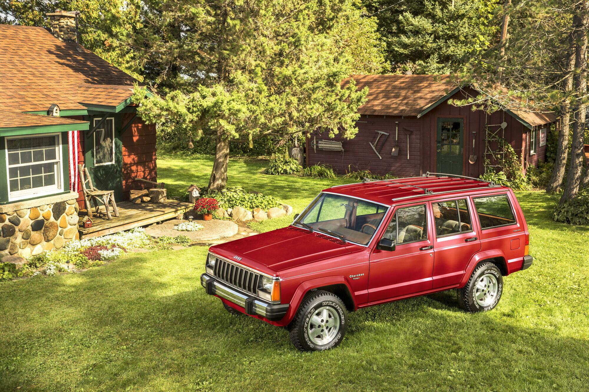 """Jeep Cherokee XJ 1984 года был разработан """"с нуля"""" и стал первым в мире компактным внедорожником"""
