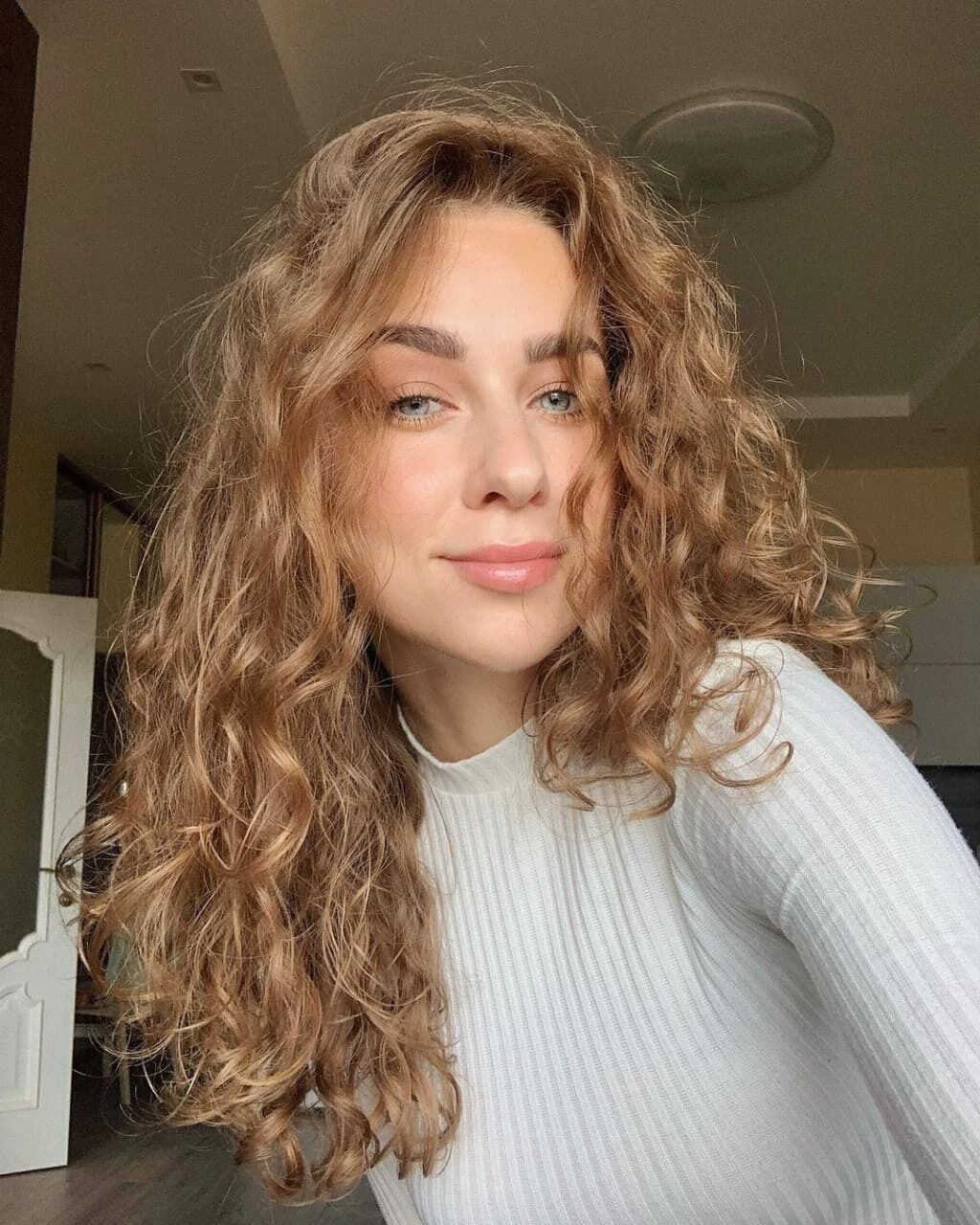 Маріанна Федчук знялася в новій фотосесії.