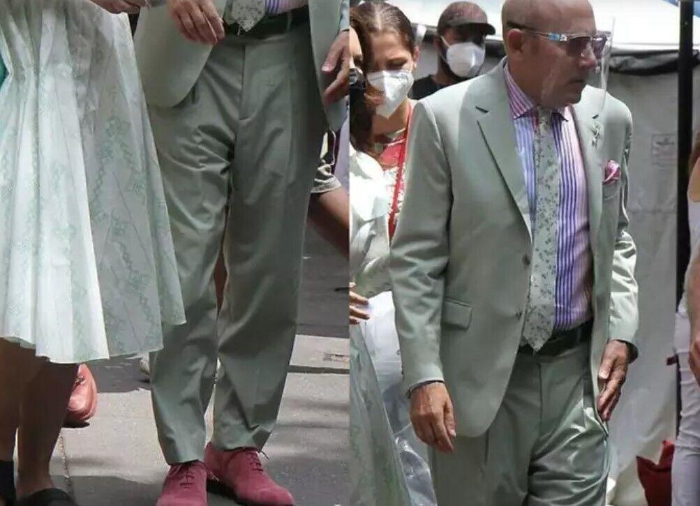 Уилли Гарсон в костюме