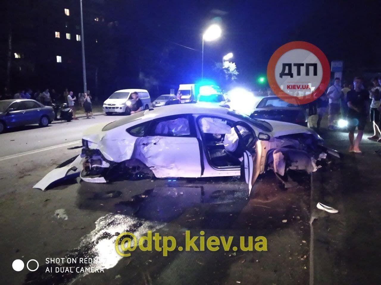 Машина, которая попала в аварию