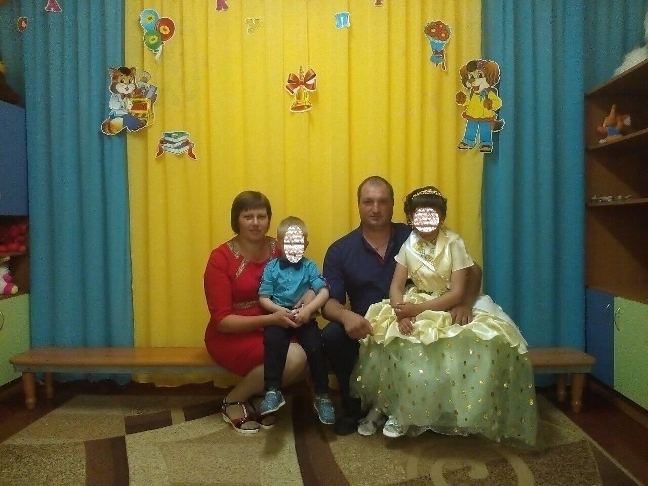 Светлана (слева) погибла, маленький сын – в реанимации, муж тоже в больнице