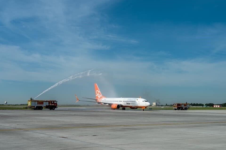 Одесский аэропорт сможет принимать рейсы средней и большой дальности