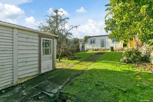 Задний сад дома, проданного за более чем 2 млн ноовозелландских долларов