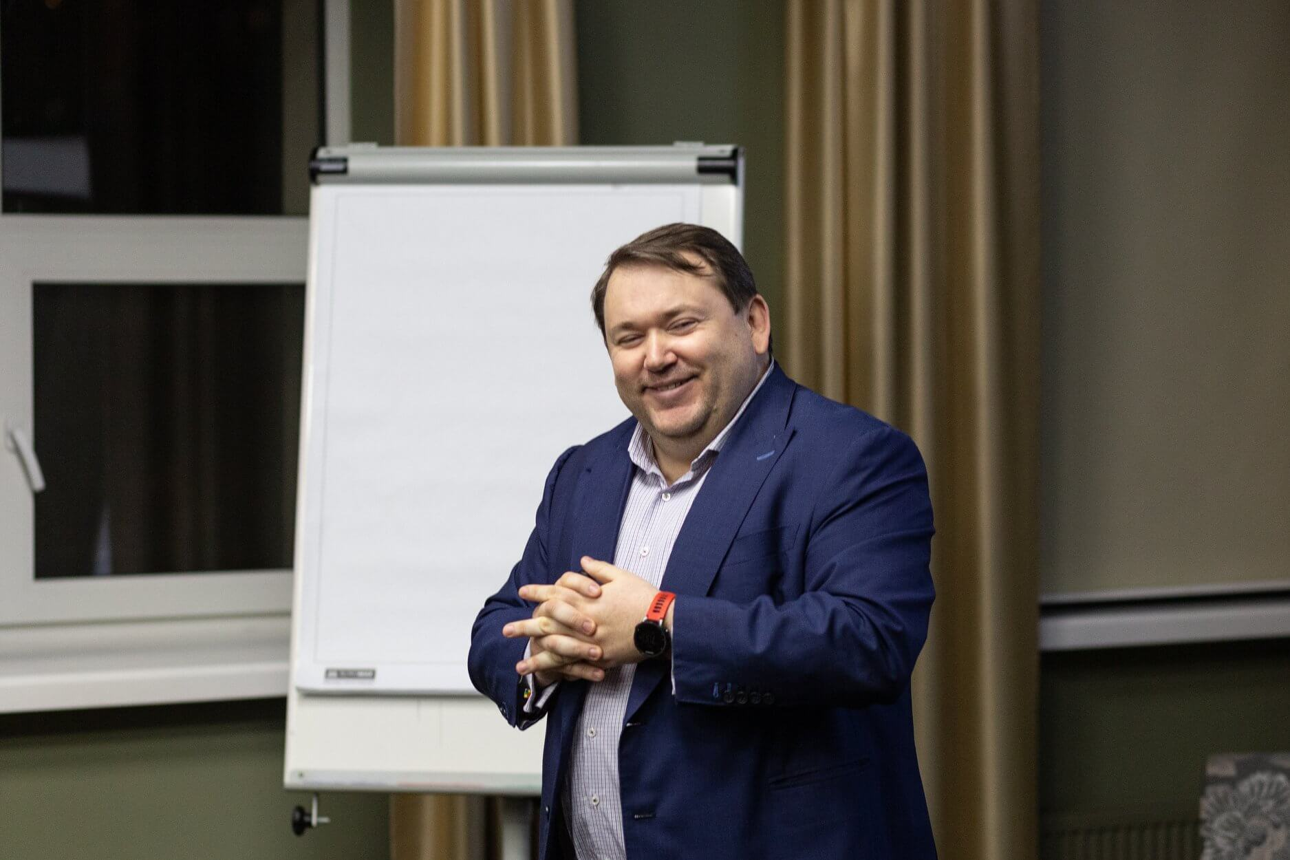 Владислав Рашкован о будущем рынка труда