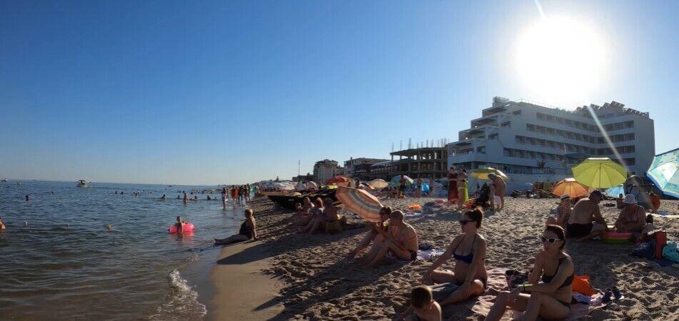 В Затоке переполненные пляжи.