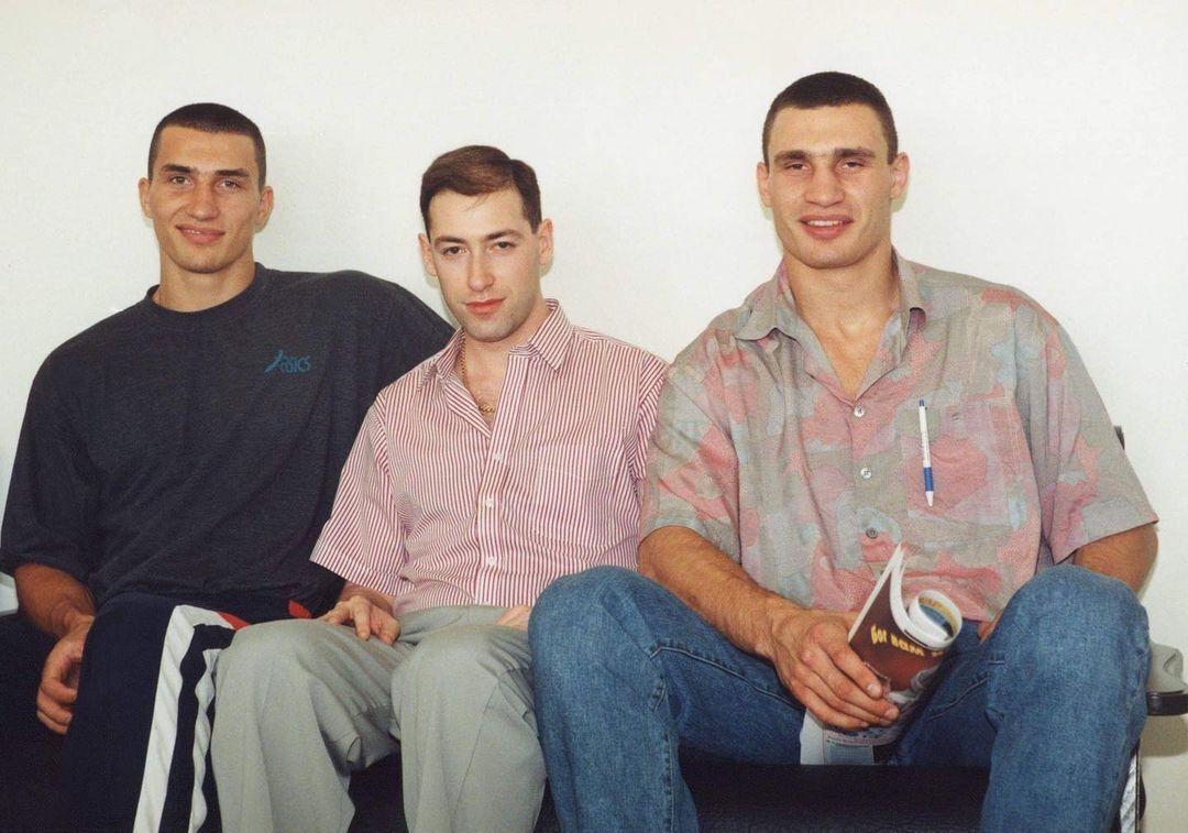 Дмитрий Гордон с густыми волосами