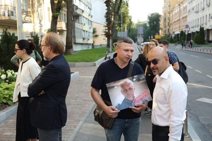 Мустафа Найєм біля місця вбивства Павла Шеремета.