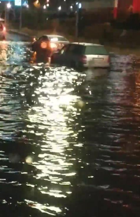 Потоп на Позняках.
