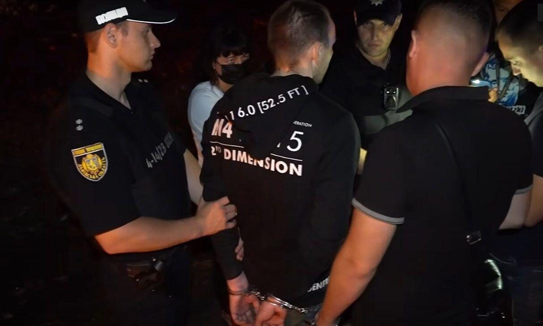 Задержание подозреваемого в убийстве двух человек в г. Стрый.