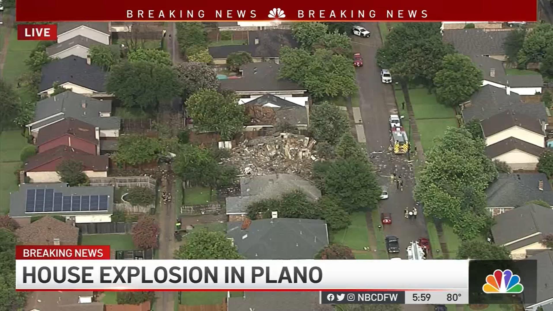 ЗМІ показали фото з повітря.