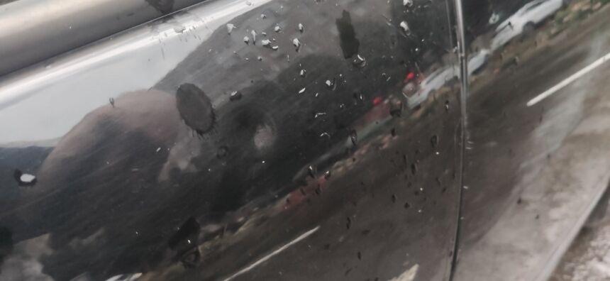 Град побил авто в Первомайске