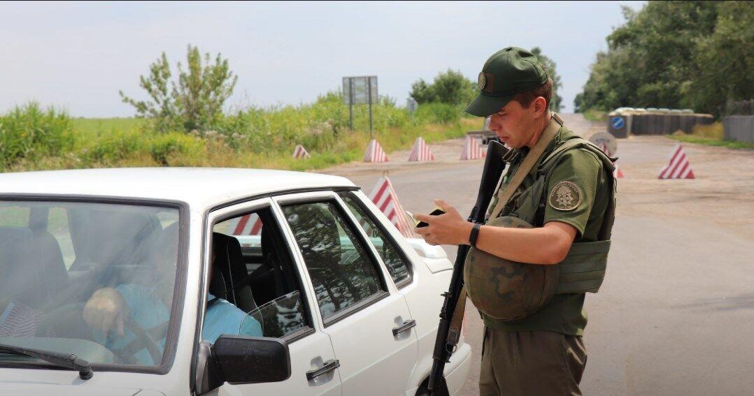 В зоні проведення ООС бійці Нацгвардії наразі працюють на блокпостах