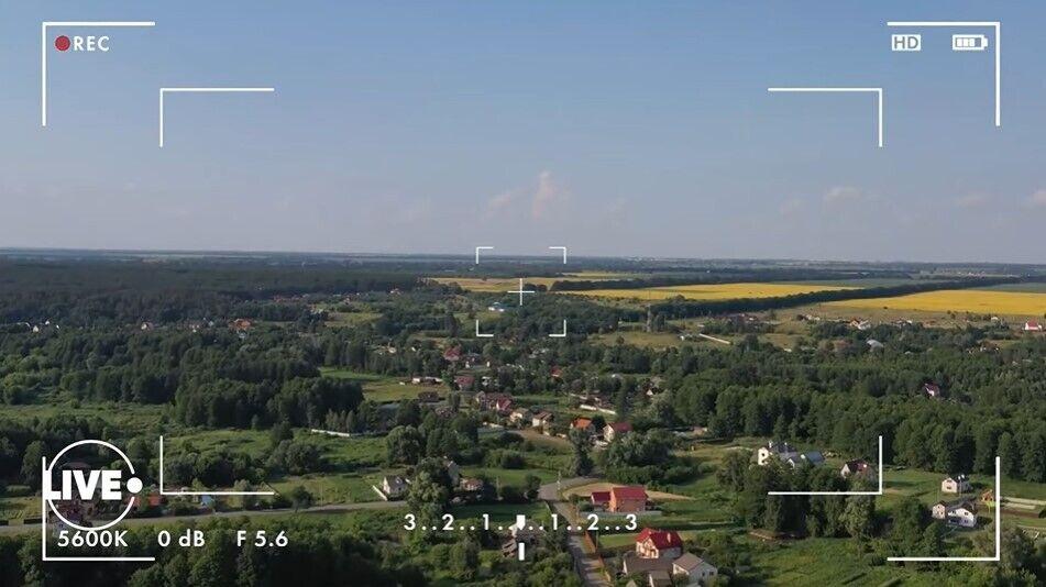 Юзик строит дом под Борисполем.
