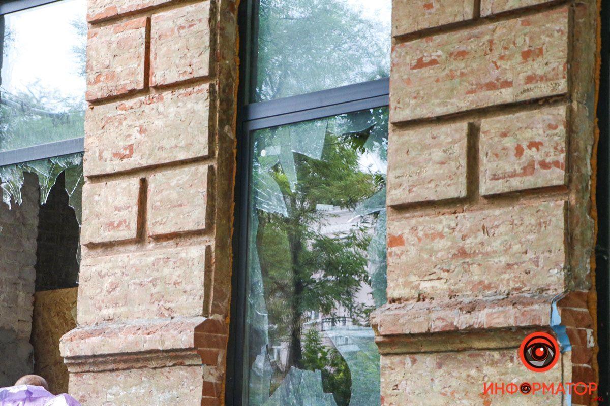Поврежденные окна