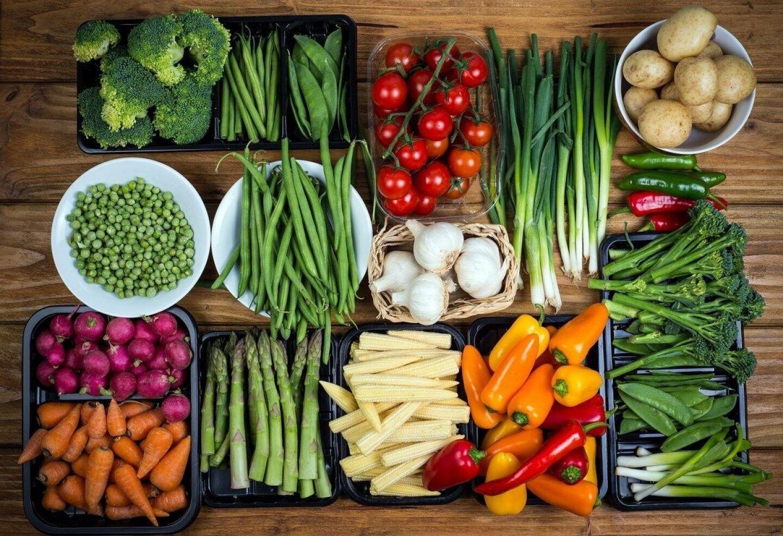 Овощи и зелень должны занимать 50% рациона