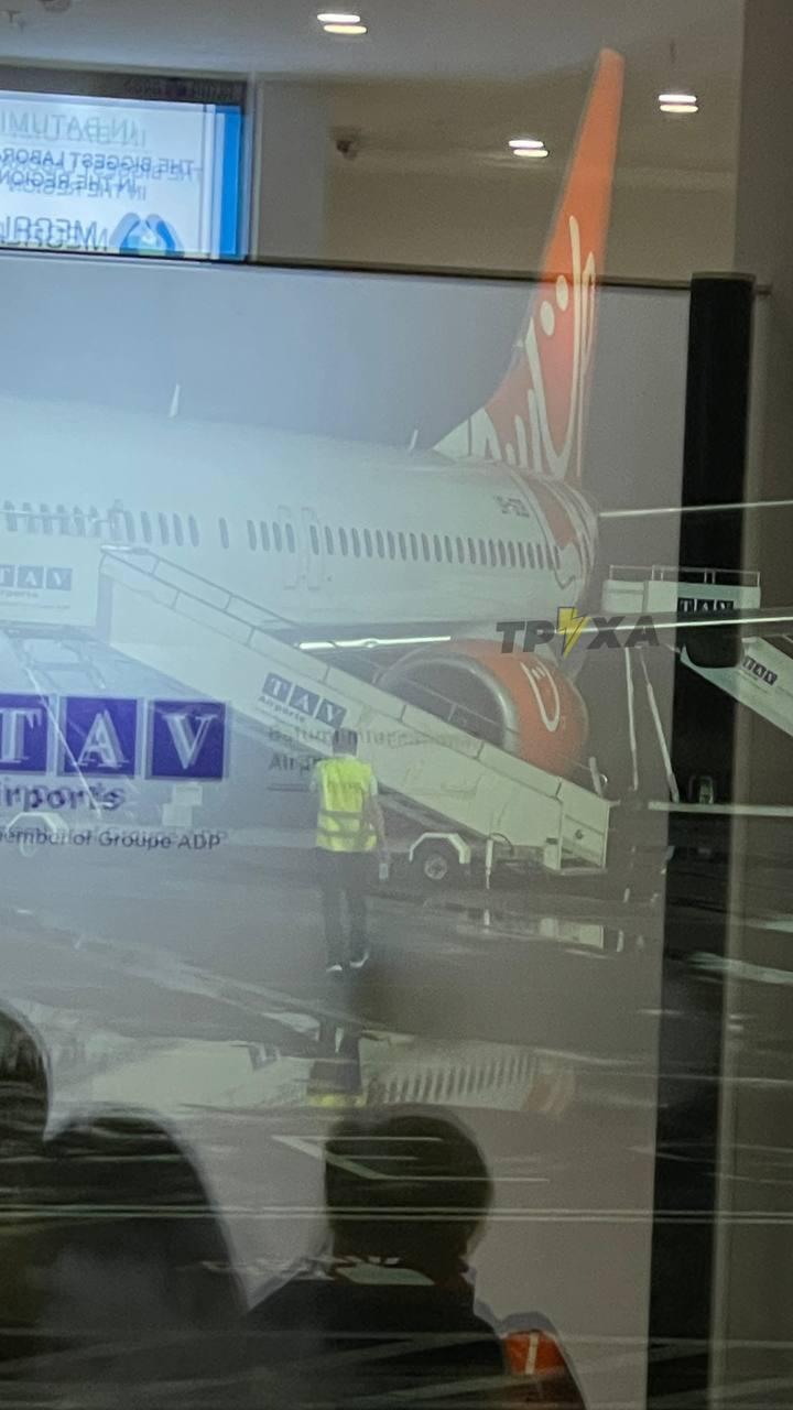 Самолет компании SkyUp Airlines