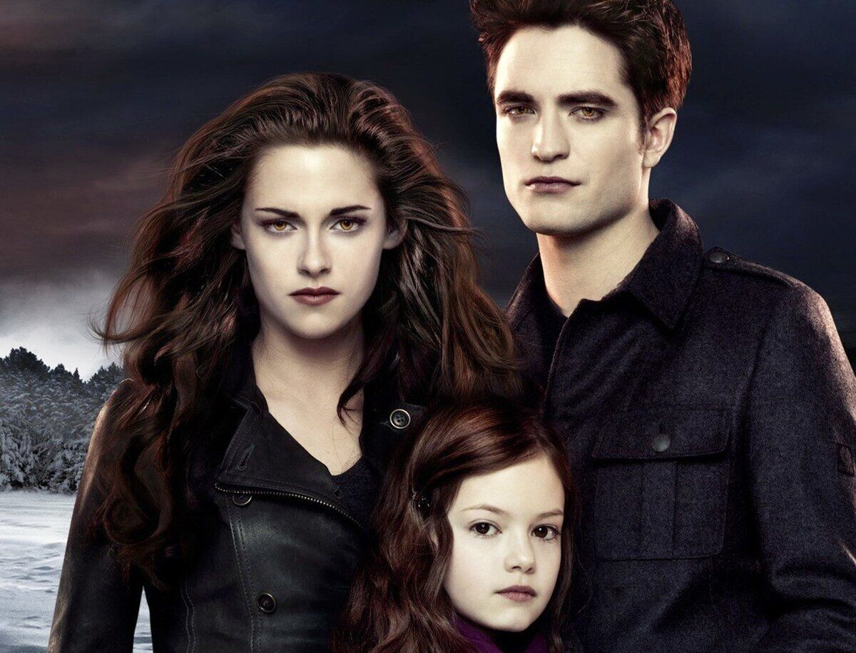 """Нові фільми вампірської саги """"Сутінки"""" з нетерпінням чекали мільйони глядачів у всьому світі"""