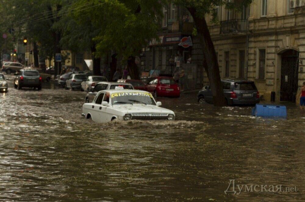 Потопы в Одессе происходят регулярно.