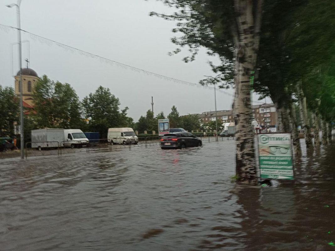 Затоплені вулиці Бердянська