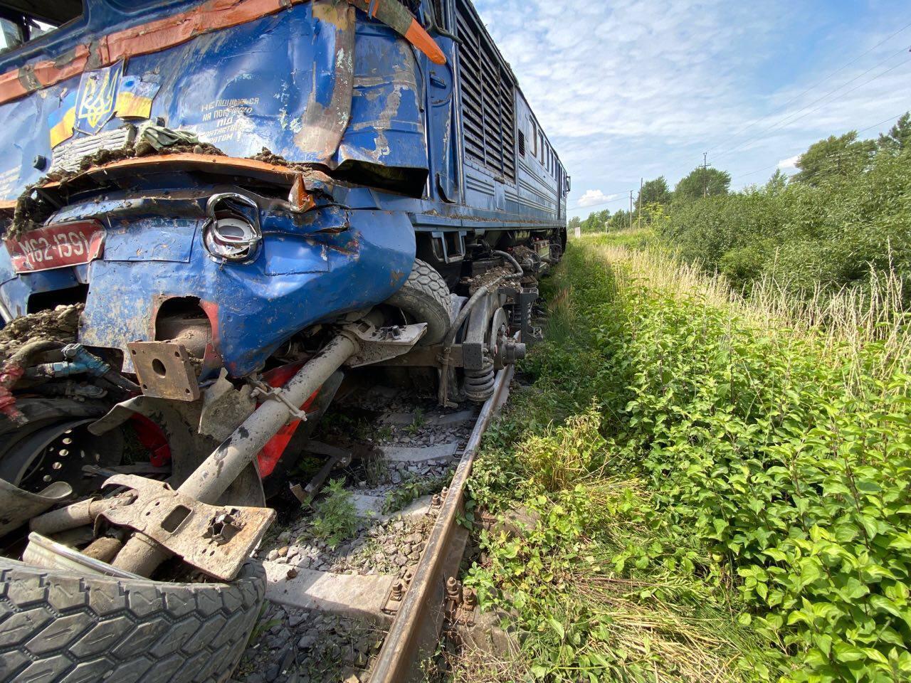 Пошкоджений локомотив