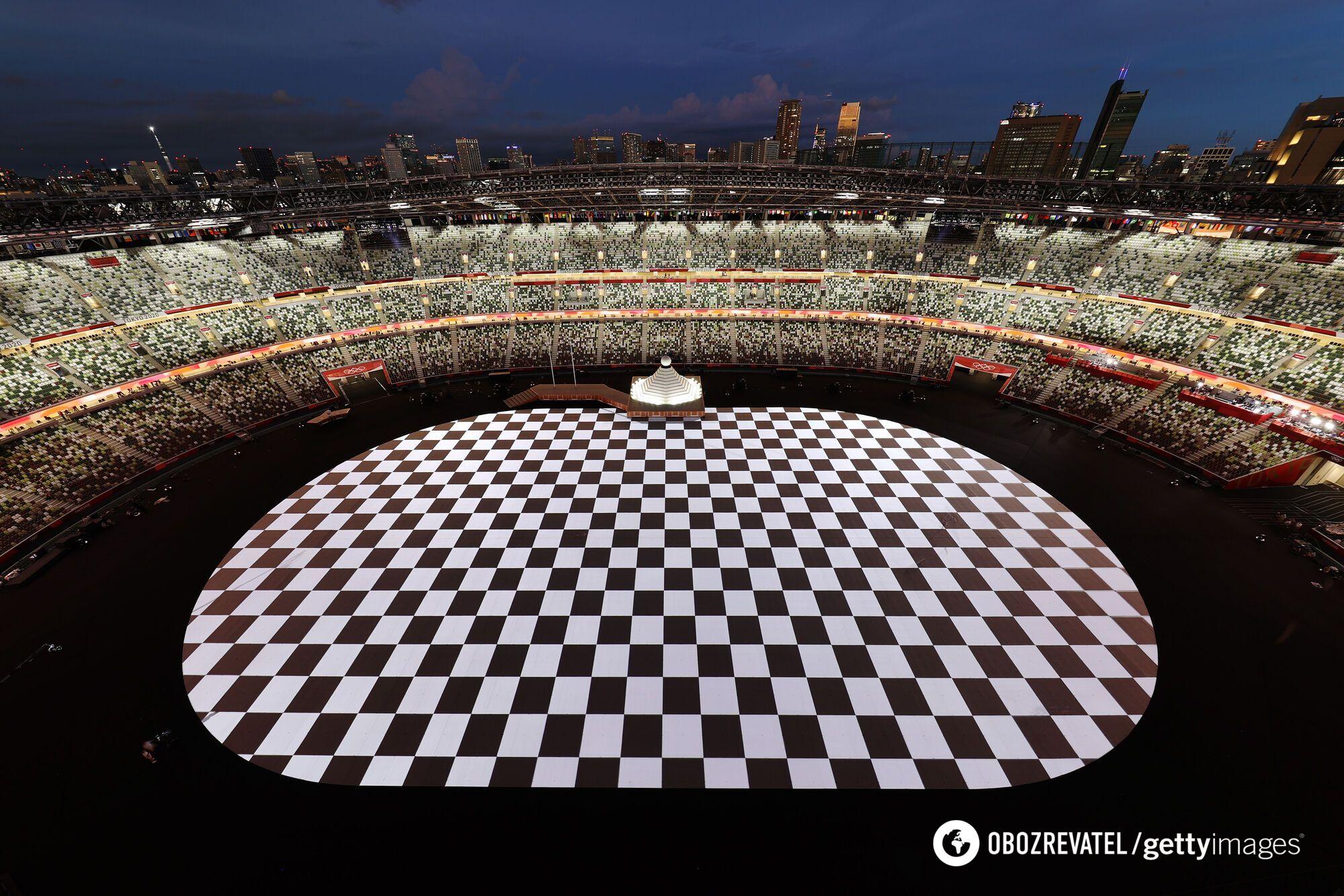 Стадион в Токио перед церемонией.