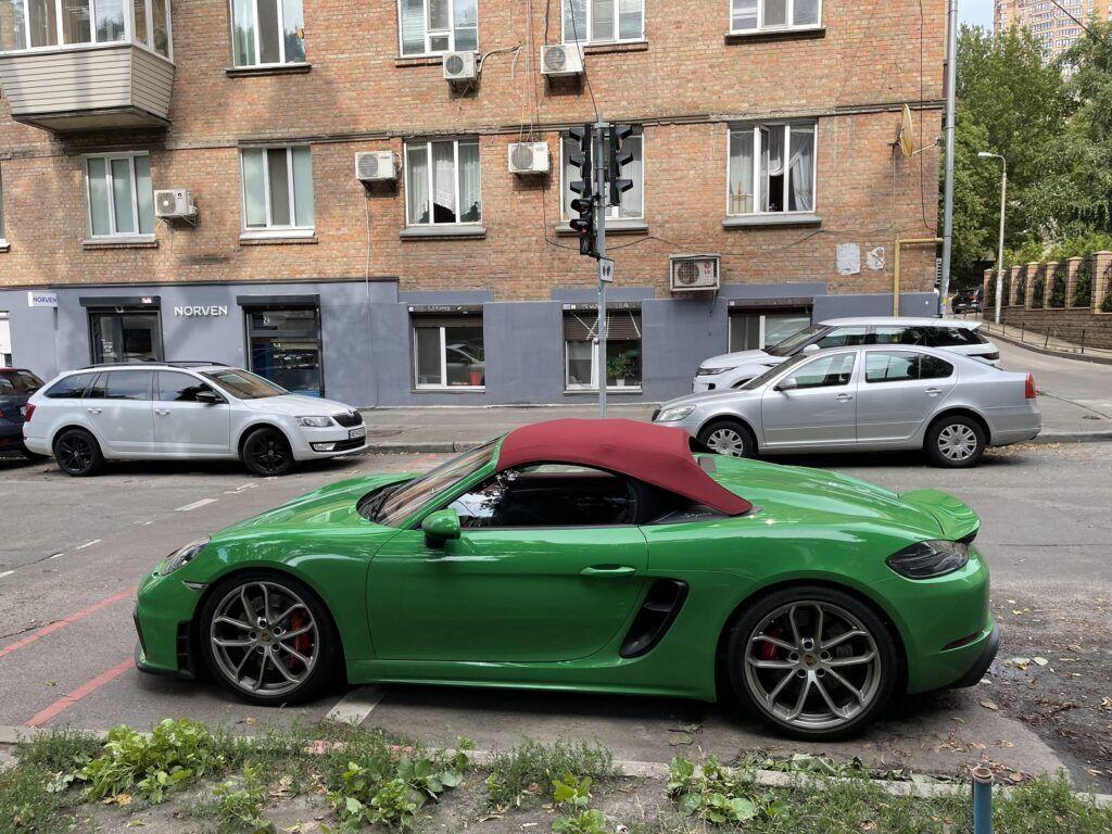 Porsche 718 Spyder обнаружили в Киеве