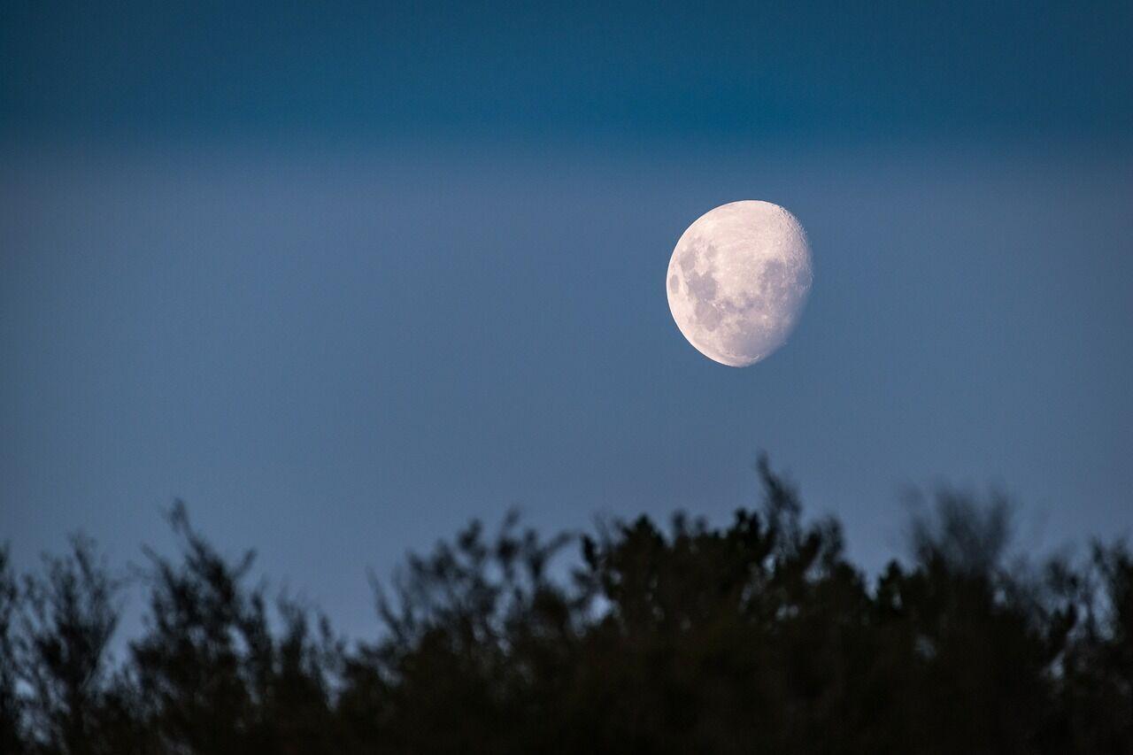 Золотий повний місяць пройде під знаком Водолія