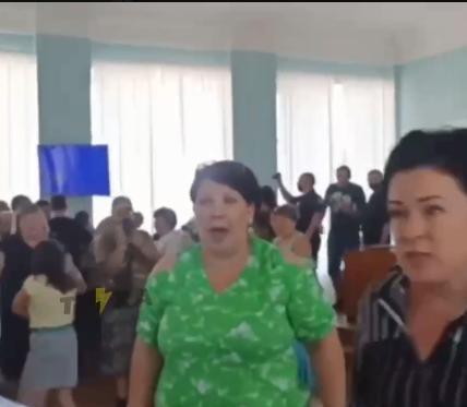 Депутаты Купянска не смогли согласовать переименование школ в лицеи и гимназии
