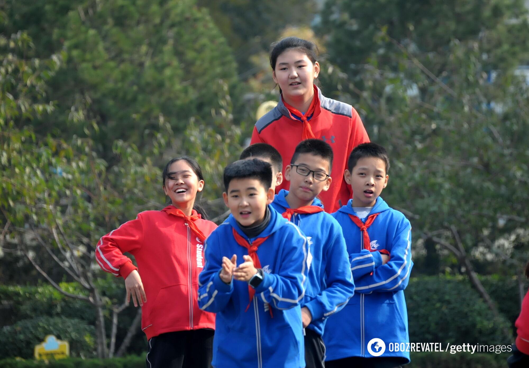 Чжан Цзыюй в 14 лет выросла до 228 см