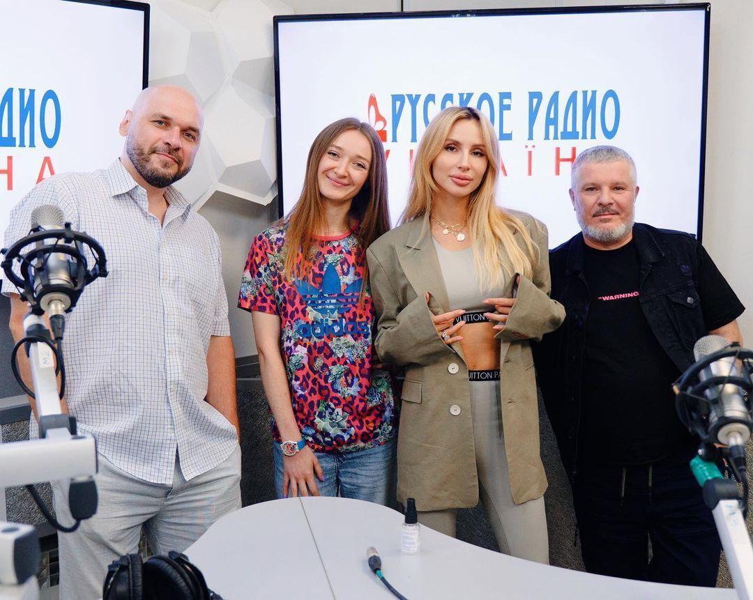 Лобода посетила радиостанцию и презентовала свою песню в Украине