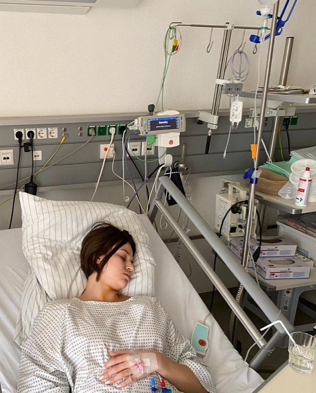 Валерия Юзьвяк в клинике