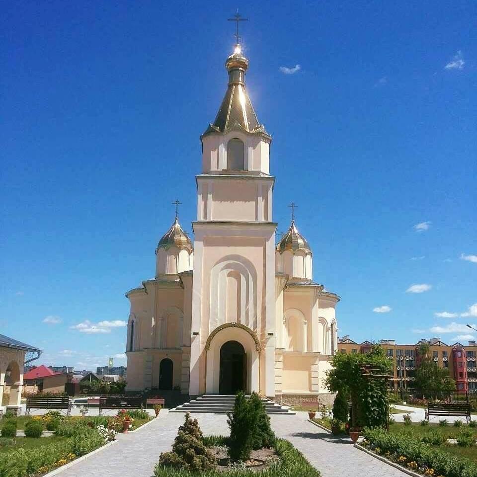 """Церква """"Воскресіння Словущого"""" (УПЦ МП)"""