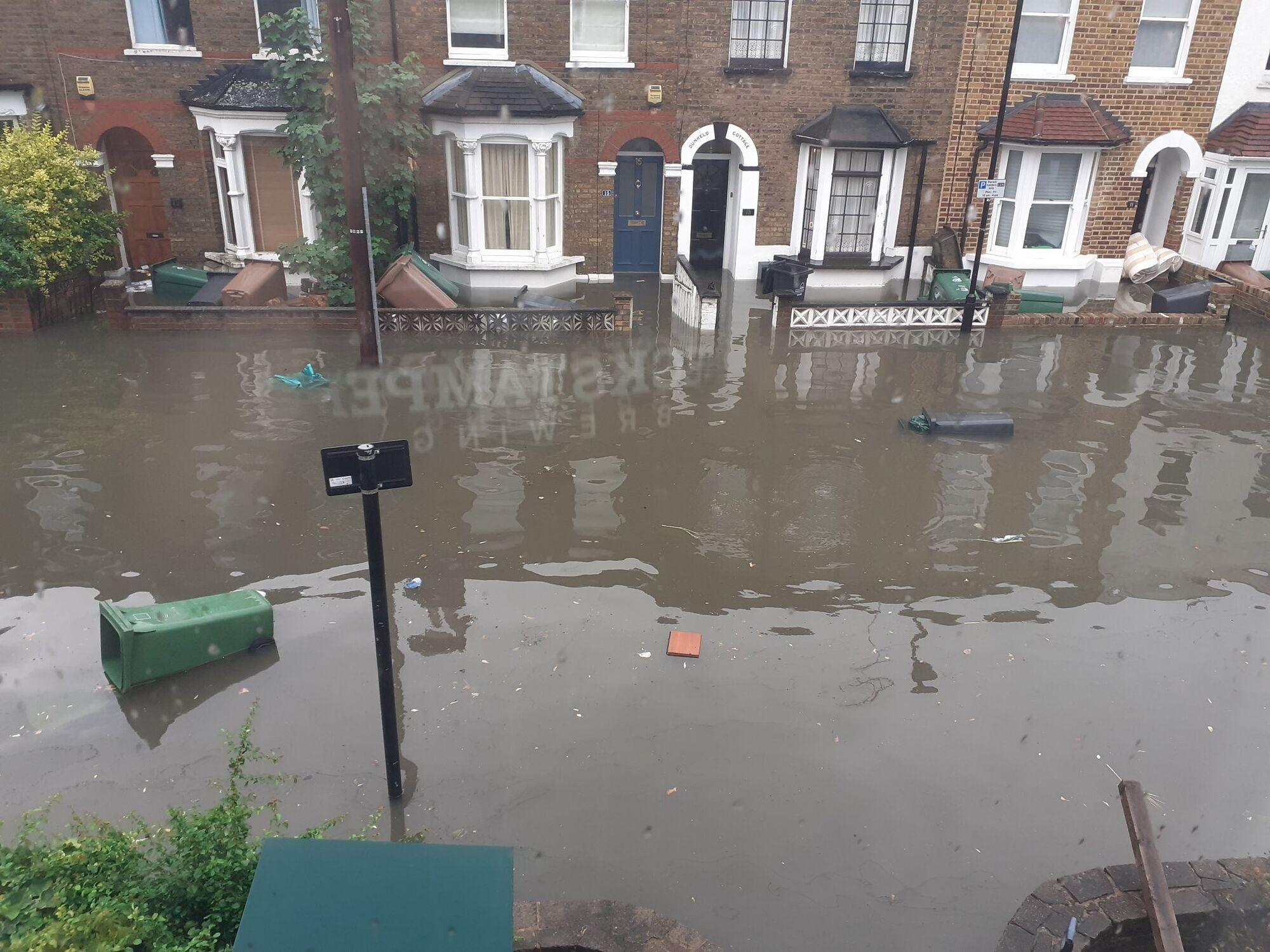 Потоп в Лондоне.