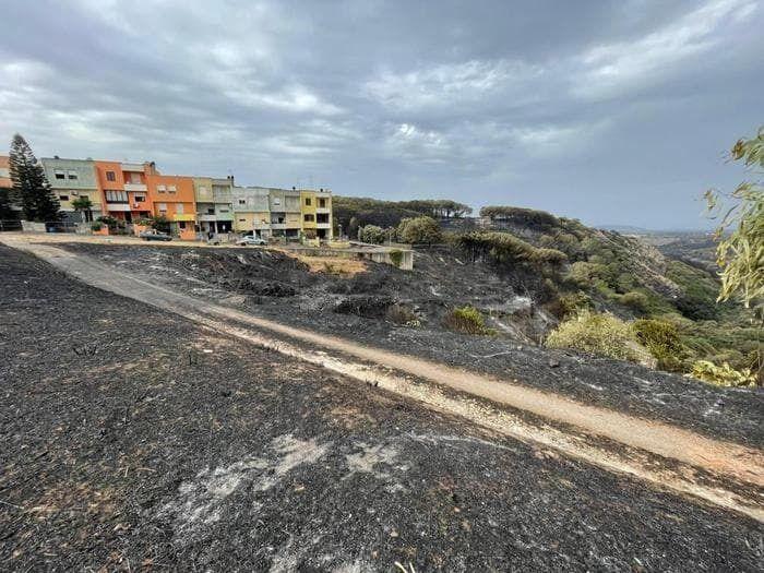 На Сицилии пожар начался в зеленой зоне муниципалитета Эриче.