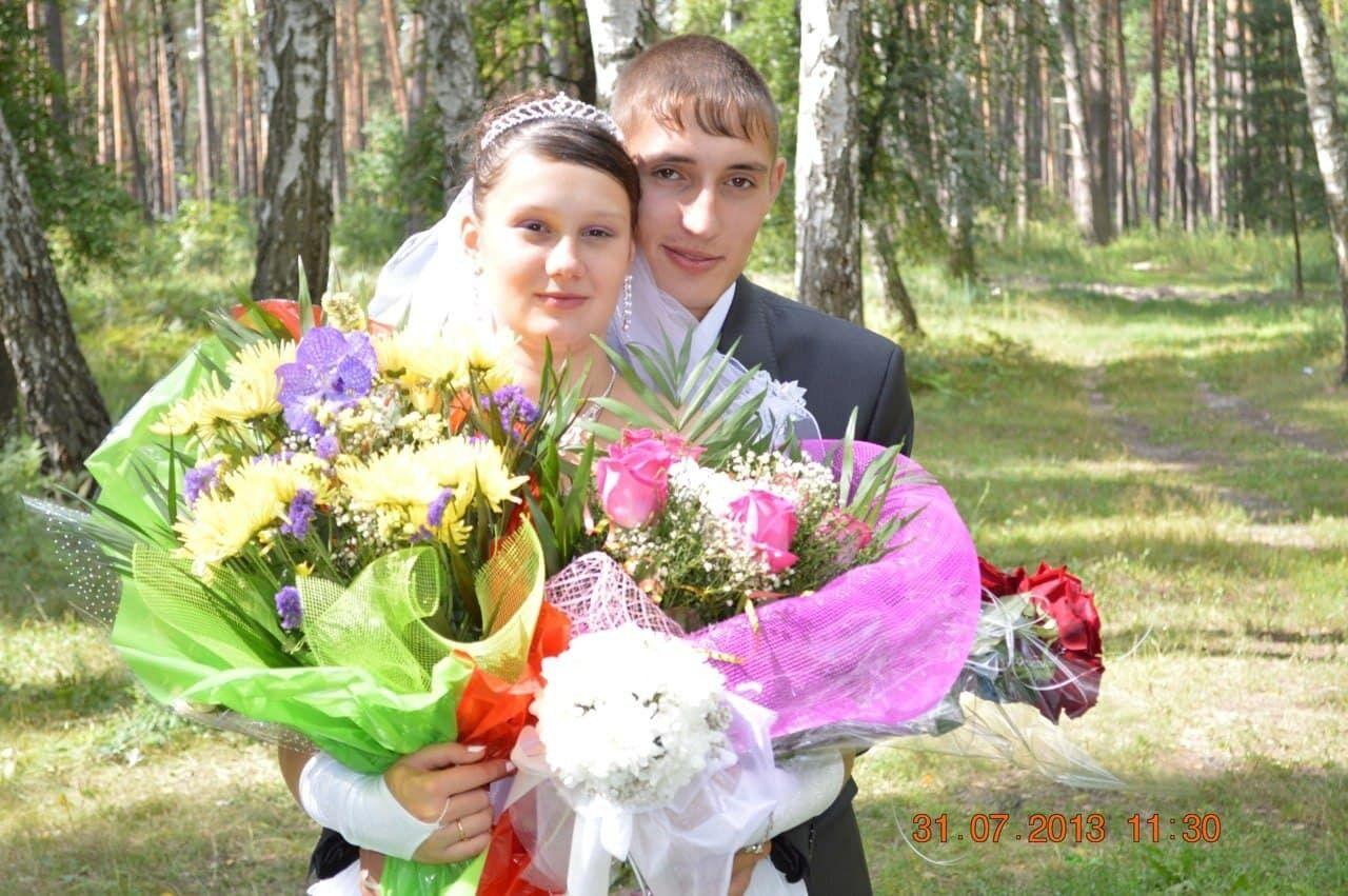 Ангелина Омельченко и Алексей Белоусов в день венчания в 2013 году.