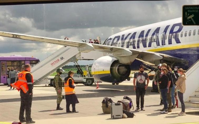 Рейс после посадки в Минске.