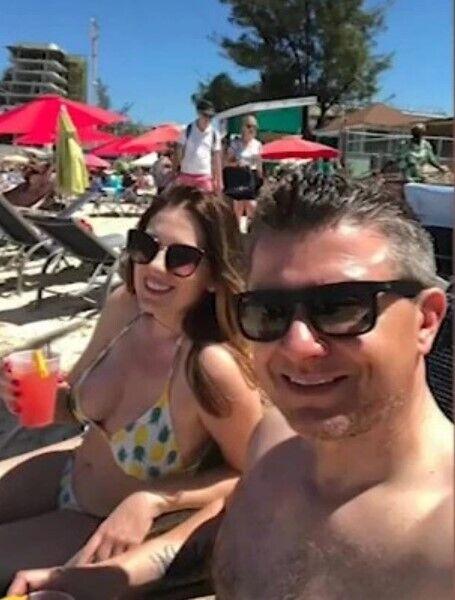 Лінда зі своїм чоловіком.