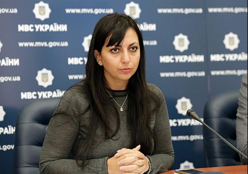 Мэри Акопян.