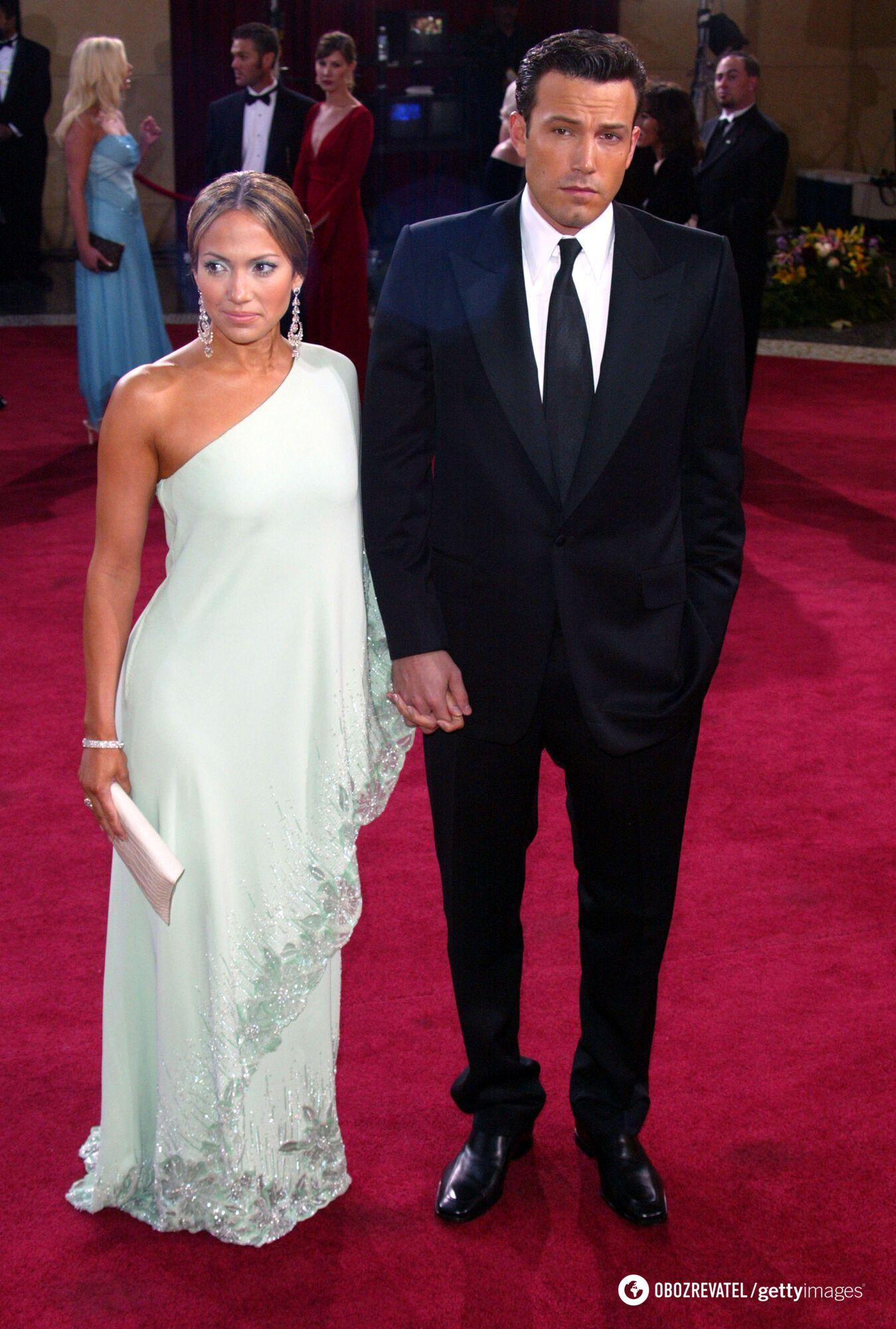 Дженніфер Лопес знаву зустрічається з Беном Аффлеком.