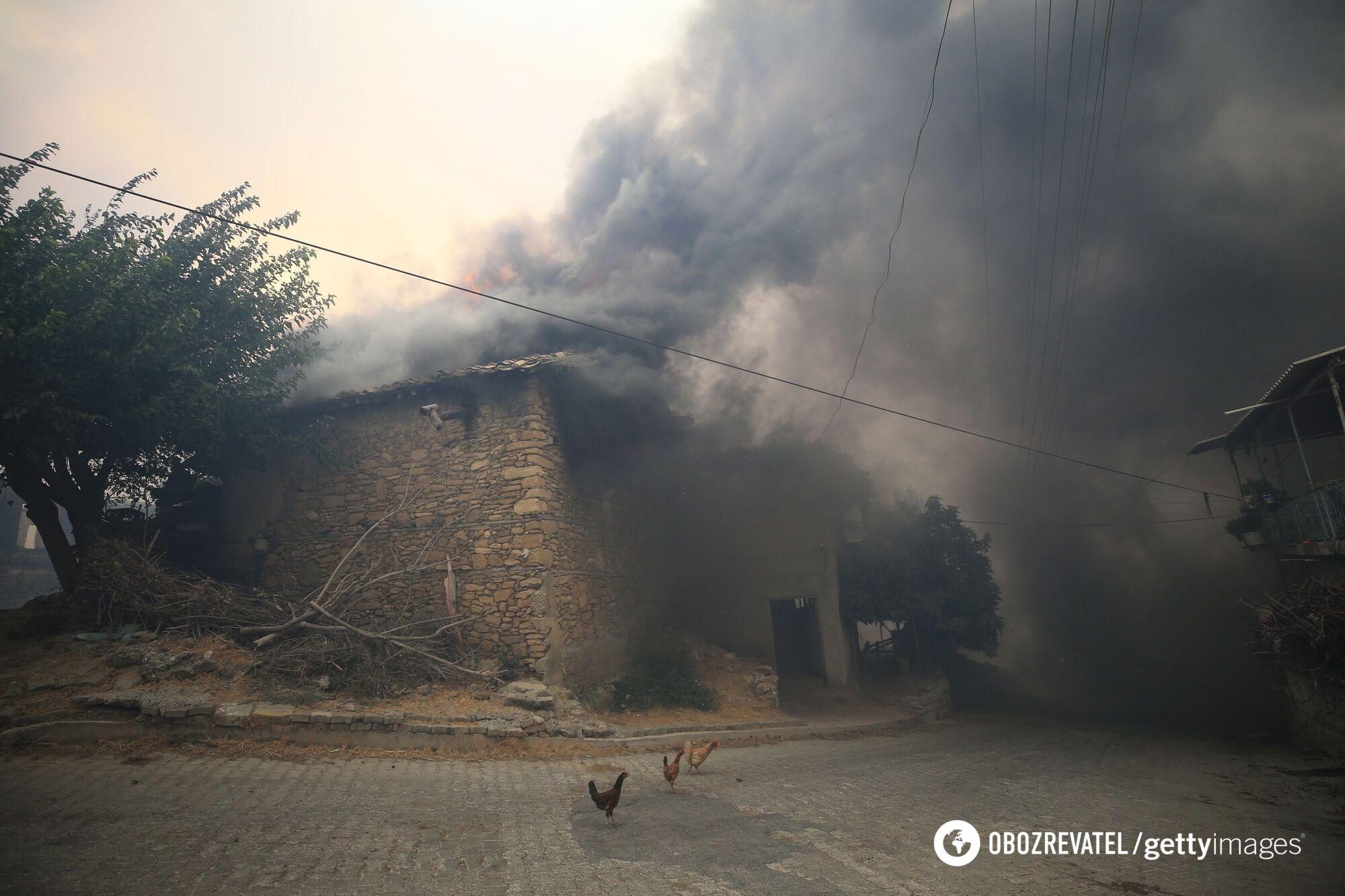 Пожар уничтожил дом