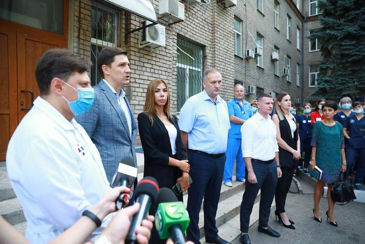 Чиновники дали пресс-конференцию после проверки в учреждении