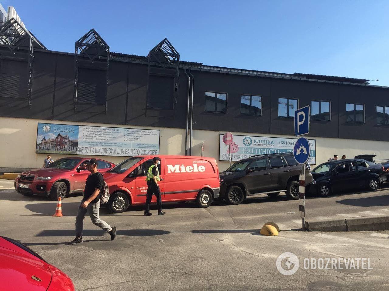 Транспортні засоби зіткнулися на парковці