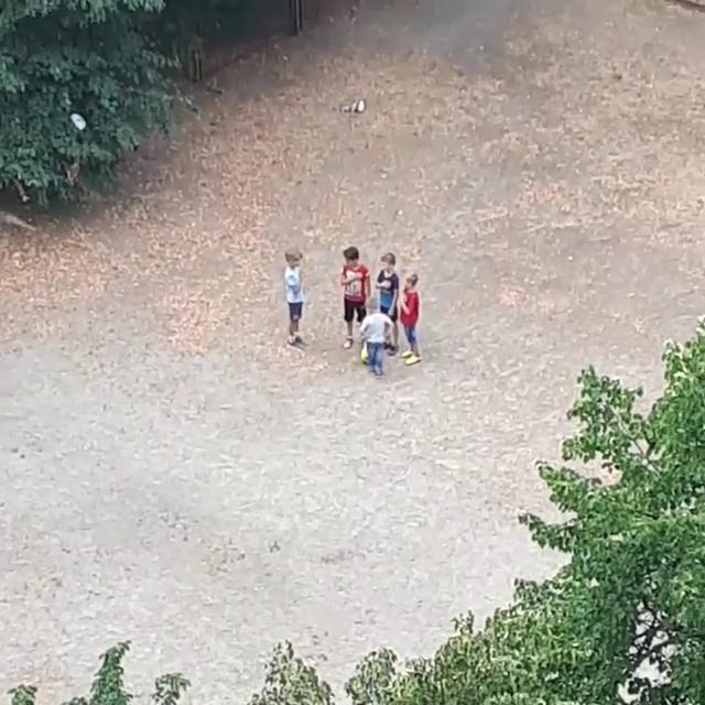 Діти виконали гімн України