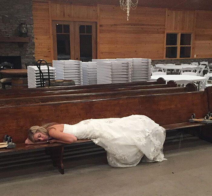 Свадьба очень изнуряет.