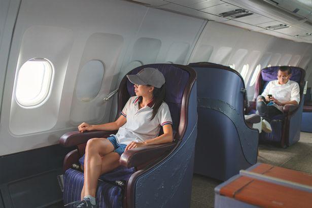 Не рекомендується літати в літаку у шортах