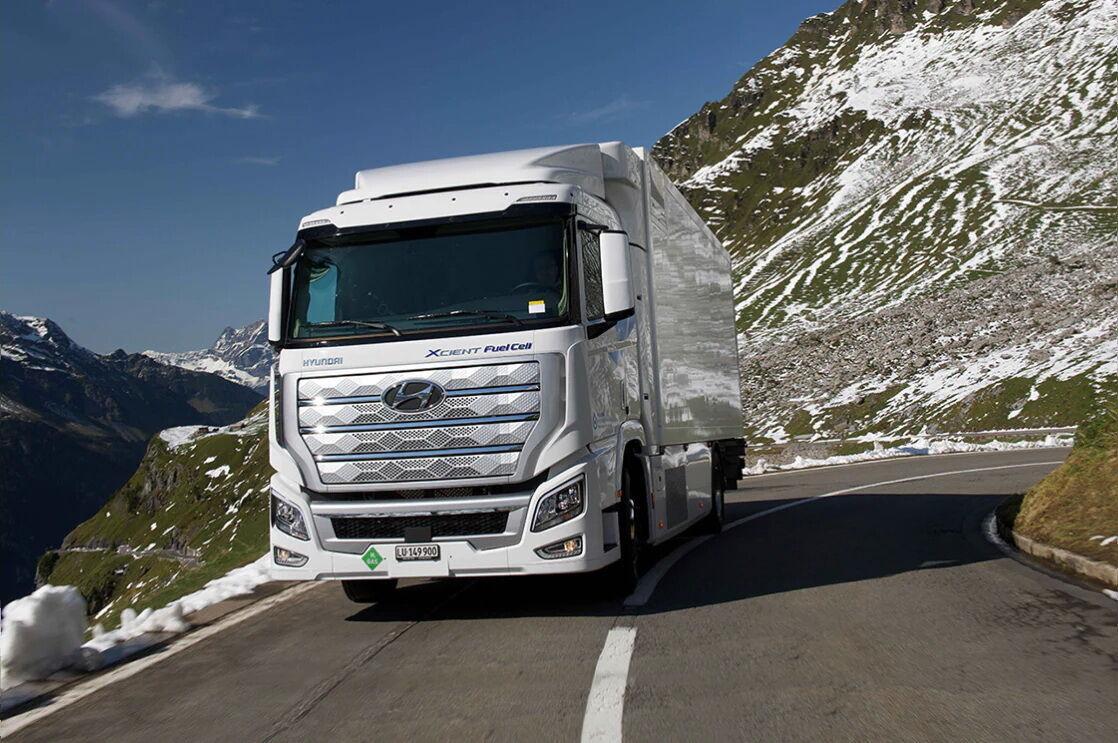 Грузовики Hyundai Xcient Fuel Cell уже наездили по дорогам Европы более млн км